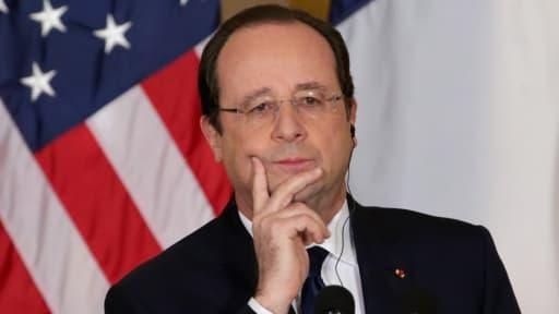 Le président François Hollande se montre plus ouvert à l'exploration des gaz de schiste.