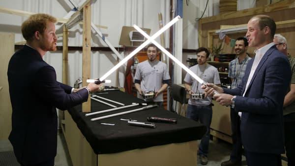 """Les princes Harry et William sur le tournage de """"Star Wars - Les Derniers Jedi"""""""
