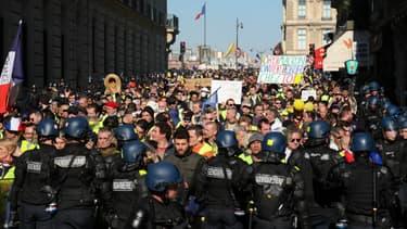 Manifestation de gilets jaunes à Paris le 23 février 2019