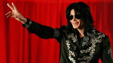Un album d'inédits de Michael Jackson a été retiré du site d'une vente aux enchères.