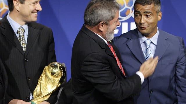 Romario en 2007 lors de l'attribution de la Coupe du monde au Brésil.