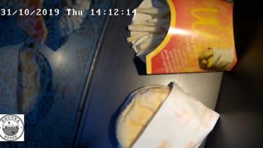 Le burger a été acheté il y a dix ans