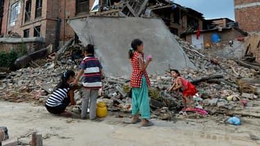 Ils seraient chaque année environ 11.000 à franchir illégalement la frontière entre l'Inde et le Népal.