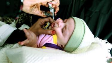 600.000 vaccins vont être acheminés dans les régions d'Ukraine concernées par le virus.