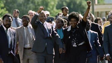 11 février 1990 - Mandela est libéré après 27 ans d'incarcération.