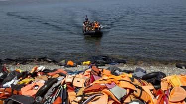 """Transformer la Grèce en un gigantesque """"entrepôt"""" pour migrants n'est pas la solution à cette crise, a estimé l'organisation Human Rights Watch (HRW), doutant aussi du bien-fondé de les renvoyer en Turquie - Vendredi 29 janvier 2016"""