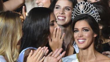 Iris Mittenaere lors de son sacre Miss France en 2016