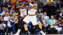 Le salaire de LeBron James, la star des Cleveland Cavaliers, s'élève à 30 millions de dollars annuels environ.