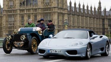 A quelques rues de là, à Kensington et Chelsea, interdiction de faire trop de bruit avec sa Ferrari.