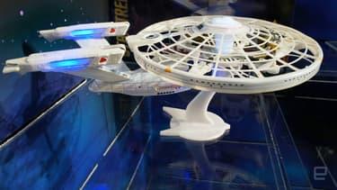 Le mythique vaisseau de Star Trek, l'USS Enterprise, volera bientôt dans votre jardin