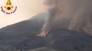 Le volcan en éruption ce 28 août