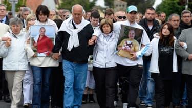 Une marche blanche a été organisée samedi matin en mémoire des victimes d'Istres.