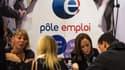 Le nombre de jeunes de moins de 25 ans au chômage a légèrement baissé depuis l'arrivée de François Hollande à l'Elysée.