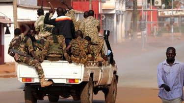 Des soldats dans les rues de Bangui, le 5 décembre.