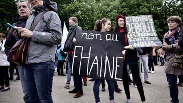 Le rassemblement contre le FN a réuni entre 200 et 300 personnes à Paris.