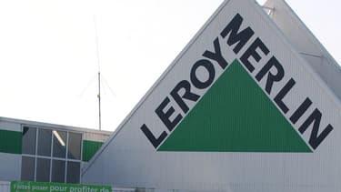 """Hier, dimanche 17 février 2019, Leroy Merlin précise avoir été pour la deuxième fois attaqué par le groupe anarchiste """"Rubikon"""" qui s'en est pris à de ses magasins à Athènes."""