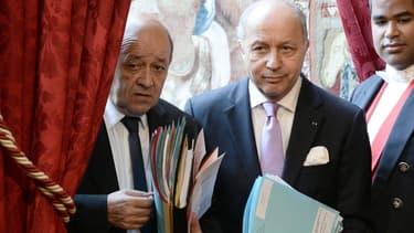 Jean-Yves Le Drian et Laurent Fabius le 29 avril 2015.