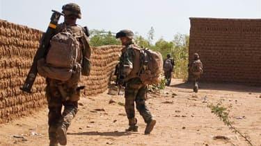 Le retrait des troupes françaises du Mali doit commencer au mois d'avril prochain.