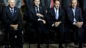 François Baroin entouré de ses homologues allemand Wolfgang Schäuble (à gauche) et américain Timothy Geithner, et du gouverneur de la Banque de France Christian Noyer (à droite). Le G20 s'est engagé samedi à soutenir et rééquilibrer l'économie mondiale, a