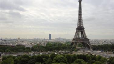 """La Tour Eiffel fermée """"toute la journée"""" dans le cadre de la mobilisation contre le loi travail - Jeudi 31 mars 2016"""