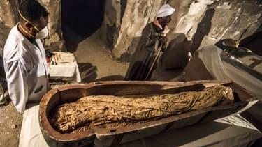 """""""Thuya"""", la momie découverte à Louxor (Égypte), 24 novembre 2018"""