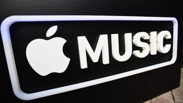 Apple se bat sur tous les fronts. Il est non seulement face à Google et Amazon dans les enceintes connectées, mais aussi face à Spotify dans le streaming musical.