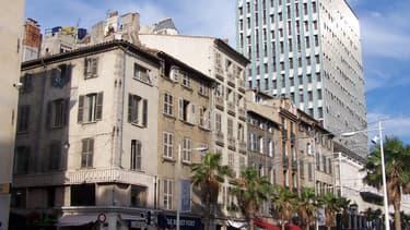 Il faut compter environ 2 320 €/ m² pour l'achat d'un appartement à Toulon