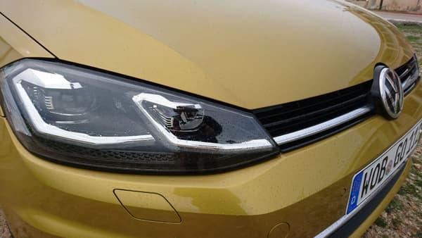 Les phares Led (en option ou à partir de la finition Carat, l(une des plus hautes au catalogue) font partie des principales nouveautés côté design extérieur.