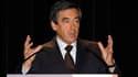 François Fillon a reçu jeudi soir le prix de l'homme de l'année 2009 du Journal de l'automobile pour le plan de soutien de son gouvernement au secteur face à la crise. Après avoir accepté ce prix au nom du gouvernement, le Premier ministre a invité les in