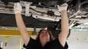 Un mécanicien auto gagne bien plus en Allemagne qu'en France
