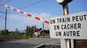 Le chauffeur de l'autocar scolaire, qui a percuté mardi dans l'Yonne un TER, se serait arrêté au milieu d'un passage à niveau à cause d'une bagarre entre adolescents.