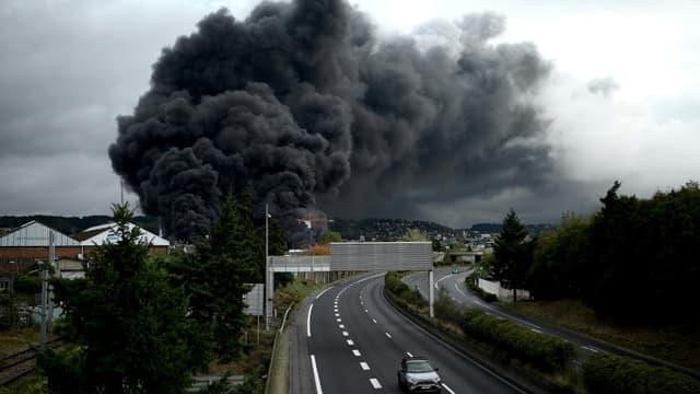 Incendie au-dessus de l'usine Lubrizol, le 26 septembre 2019
