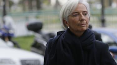 """Une source judiciaire, proche du dossier, indique ce mardi soir que le ministère public a requis un non-lieu en faveur de la directrice générale du FMI, Christine Lagarde, mise en examen pour """"négligence"""" dans l'enquête sur l'arbitrage Tapie."""
