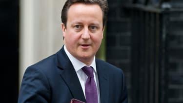 Les deux autres agences Standard & Poor's et Fitch menacent elles aussi de dégrader Londres