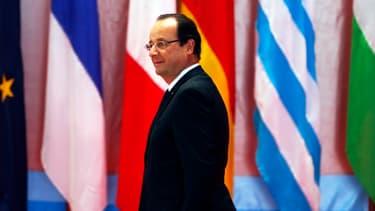 Depuis Vientiane au Laos, François Hollande a dénoncé les pratiques commerciales déloyales de la Chine
