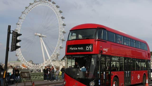 Le monument le plus visité lors d'un séjour à l'étranger est la Grande Roue. 46% y ont pris de la hauteur pour admirer la vue sur Londres.
