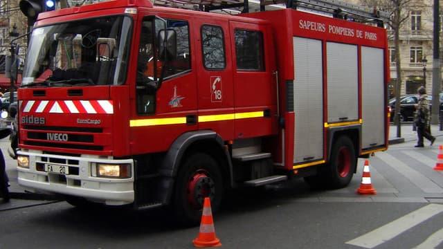 Les pompiers ont été appelés vers 06h30 pour lutter contre les flammes dans un immeuble du 15e arrondissement de Paris