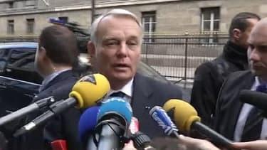 Jean-Marc Ayrault avant sa rencontre avec les députés socialistes mardi matin au Palais Bourbon.