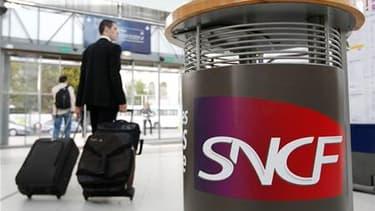 Le trafic SNCF sera partiellement perturbé jeudi, jour de grève nationale contre la réforme des retraites. Près d'un TGV sur deux circulera au départ ou à l'arrivée de Paris, une proportion similaire sur les axes Nord, Est et Atlantique et inférieure - un