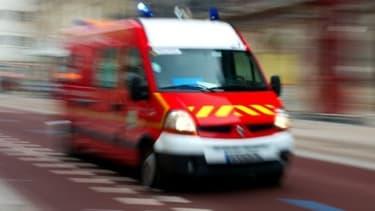 Un camion de pompiers (illustration)