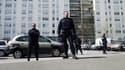 Des policiers patrouillent à Sevran (93), vendredi 12 avril