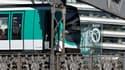 Les Parisiens ont largement évité les transports publics ce week-end.