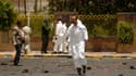 Sur les lieux d'un attentat suicide à Sanaa, au Yémen. Un attentat suicide lors de la répétition d'un défilé militaire a fait au moins 63 morts et des dizaines de blessés dans la capitale yémenite, a-t-on appris de source policière. /Photo prise le 21 mai