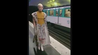 """Une manière pour la créatrice allemande de rappeler que la mode n'est pas qu'une affaire de """"happy few""""."""