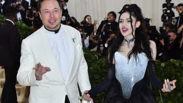 week-end dernier, une vente en ligne d'images et de vidéos numériques produites par la chanteuse Grimes a rapporté 6 millions de dollars.