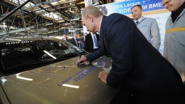 Avtovaz produit la fameuse Lada.
