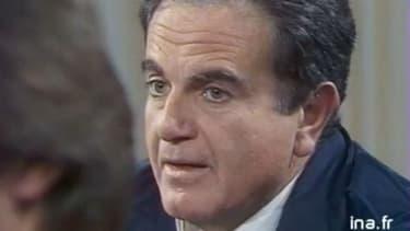 """Guy Béart dans """"Apostrophes"""" sur Antenne 2 en 1986."""