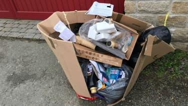 Les déchets déposés sur la voie publique