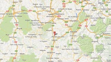 Le jeune garçon a été retrouvé pendu chez lui, Chantemerle-les-Blés, dans la Drôme.