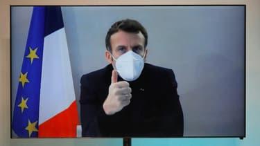 Emmanuel Macron participe, par vidéoconférence,  à la Conférence nationale humanitaire, réunie le 17 décembre au ministère des Affaires étrangères